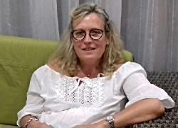 Aline PERRODIN, Le Naturel d'Aline - Coiffure à domicile Mixte 01000 Bourg-en-Bresse